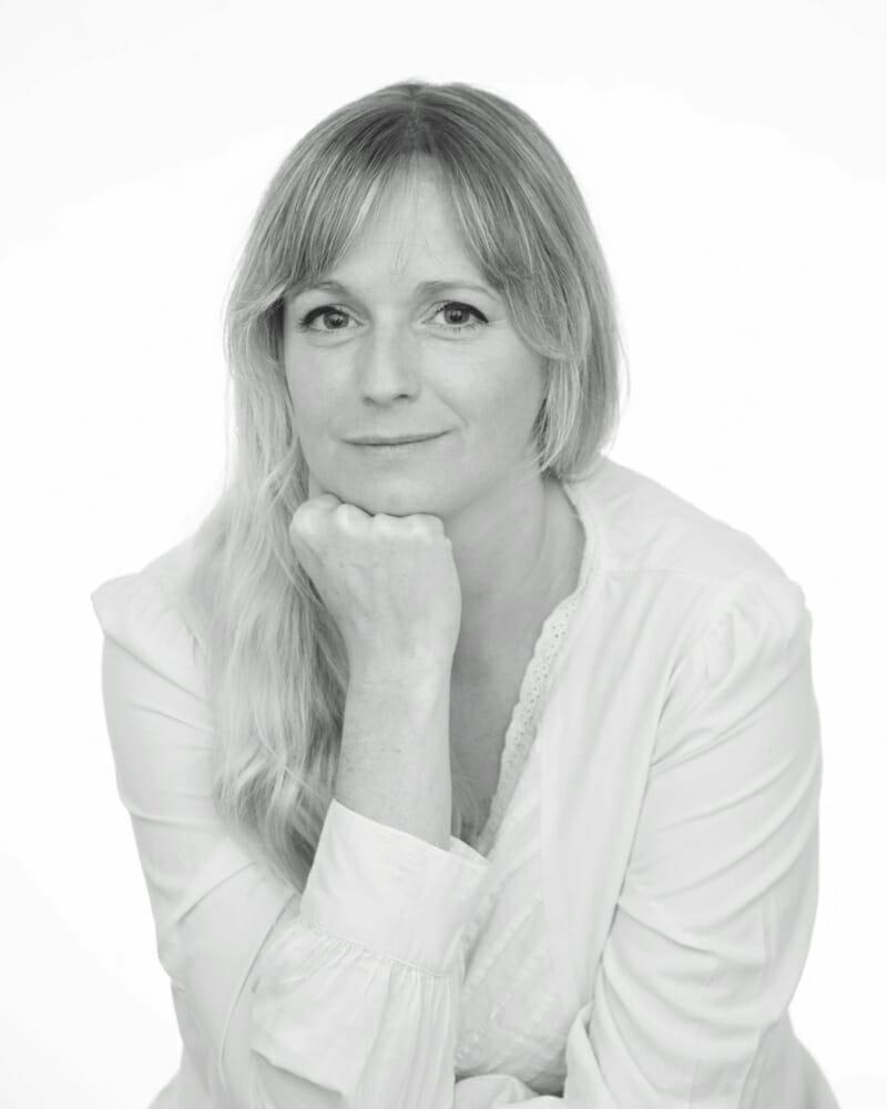 Therapist-Spotlight-Louise-Nonweiler